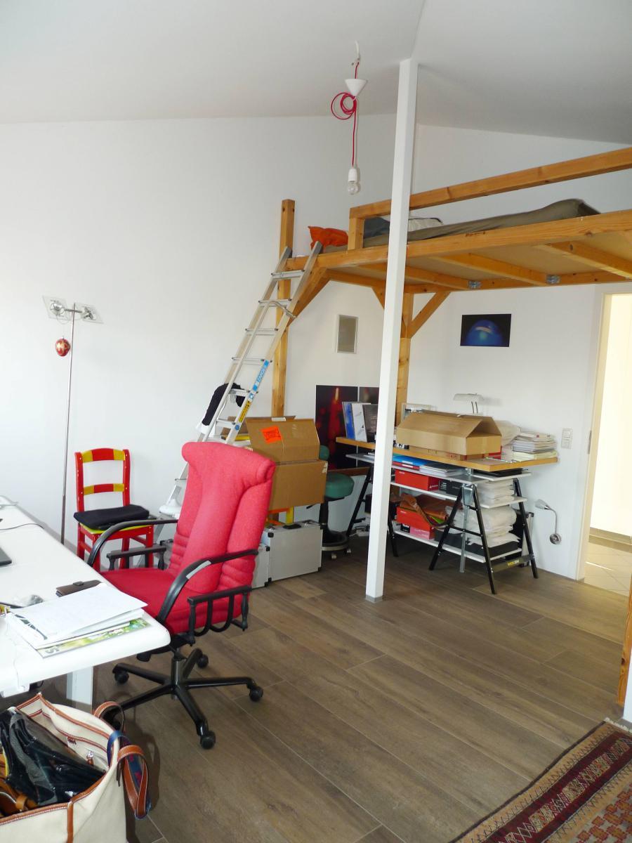 Büro oder Kinderzimmer mit Galerie