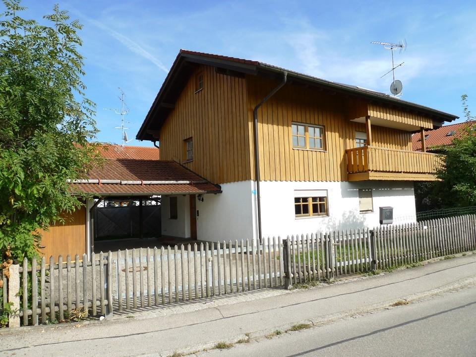 Westansicht, Garage + Carport